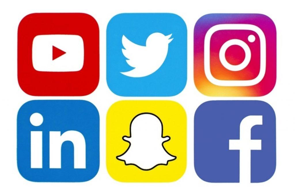 create customer loyalty: Social network