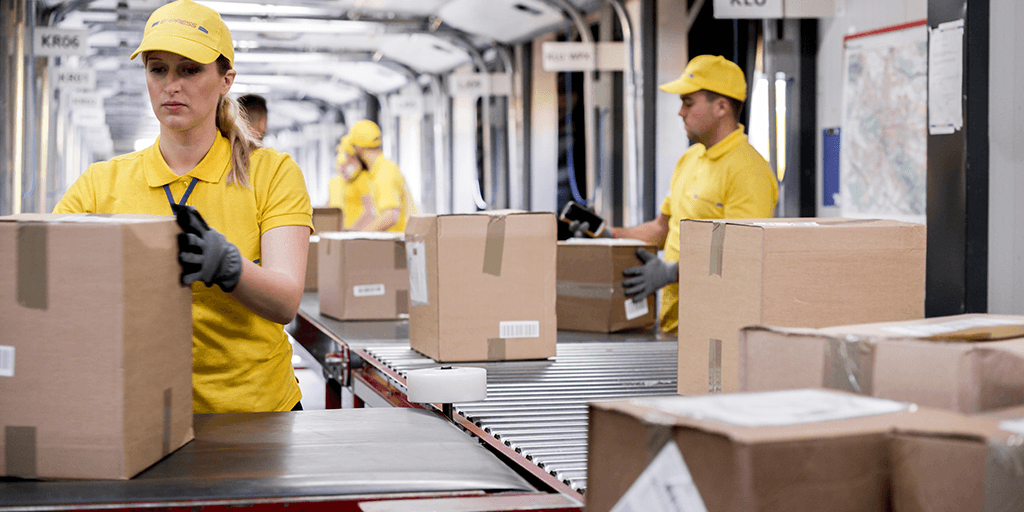 what is order management fulfilling orders